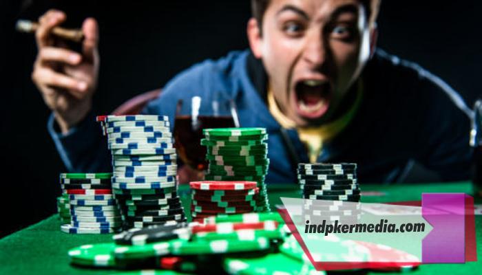 Manfaat Membaca Artikel Poker Online Sebelum Bermain